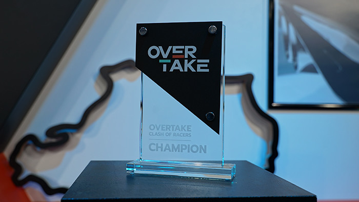 picture of the Clash of Racers trophy for the champions