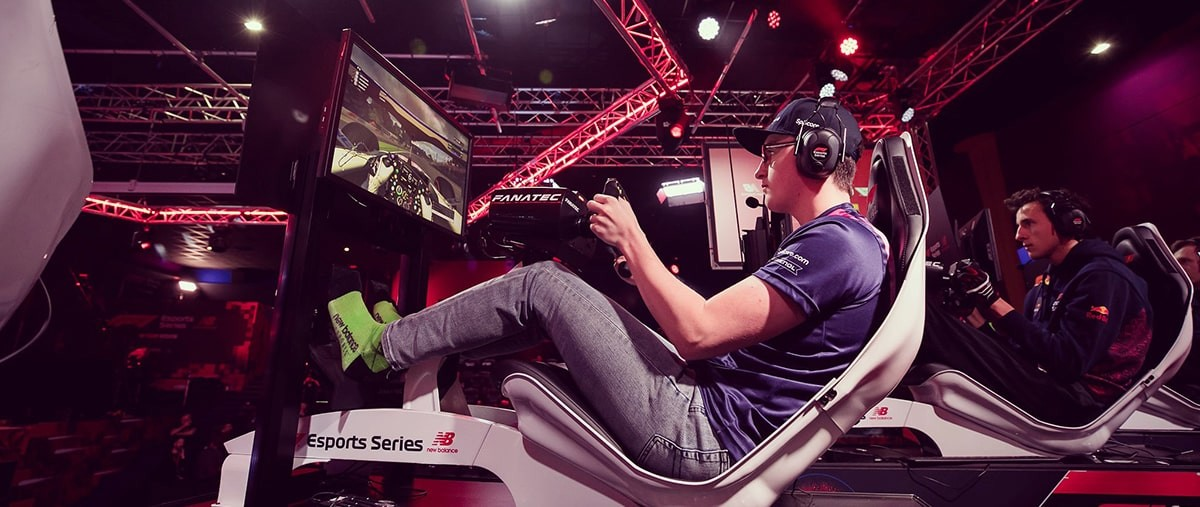 Lucas Blakeley and Nicolas Longuet competing offline at F1 Esports.